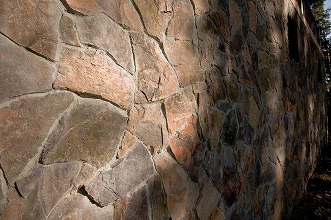 Фото: Облицовка натуральный камнем