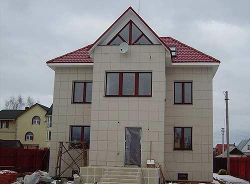 Фото: Вентилируемый фасад с керамогранитом