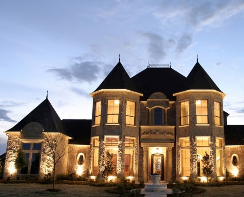 Фото: Фоновая подсветка дома