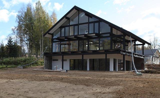Фото: Применение стеклянных конструкций в загородных домах