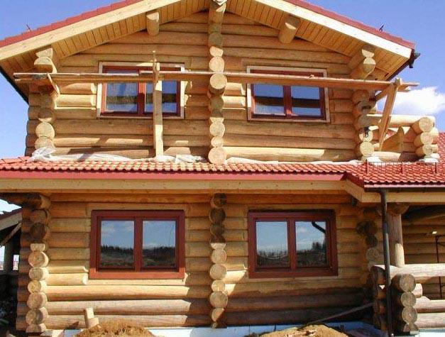 Фото: Очистка и подготовка деревянного фасада к покраске