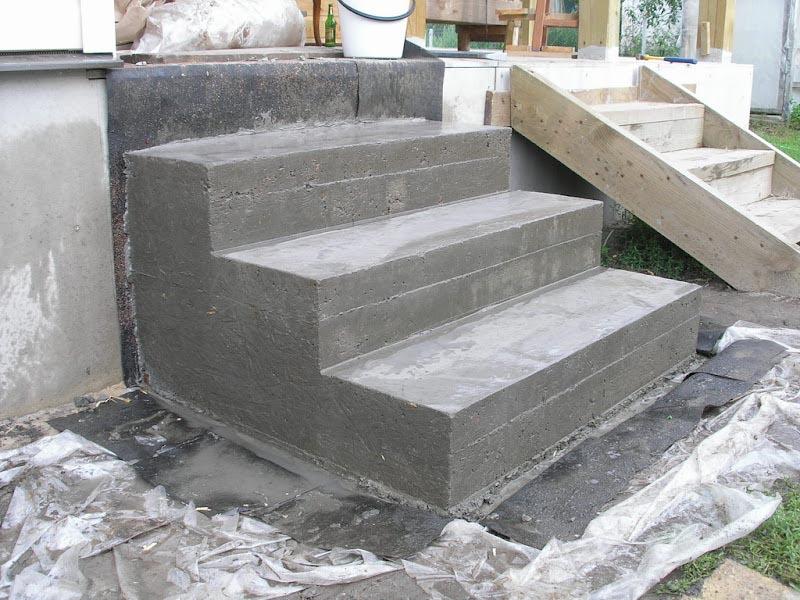 Фото: Ступени из бетона для крыльца