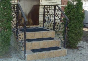 Крыльцо из бетона облицованное клинкерной плиткой