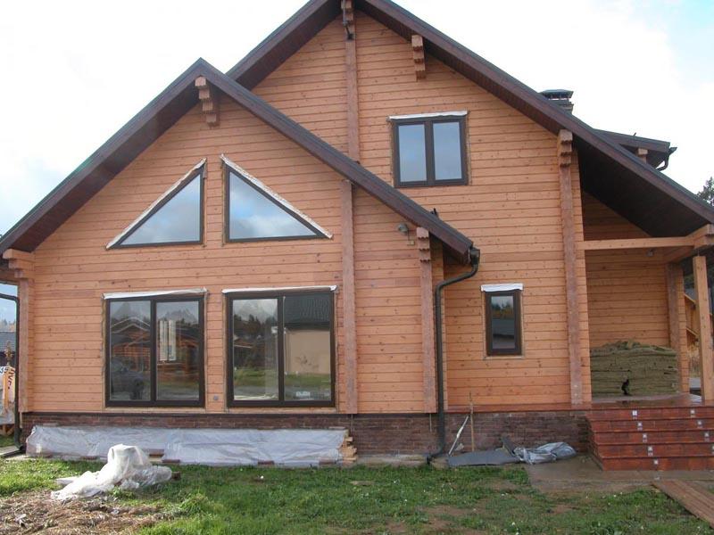 Фото: Деревянный фасад обработанный специальной пропиткой