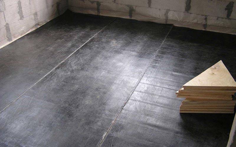 Фото: Оклеечный способ изоляции первого этажа