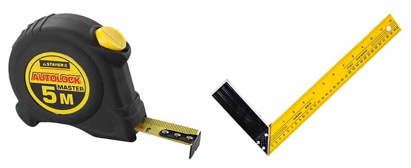 Фото: Рулетка и угольник для снятие необходимых размеров