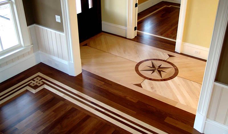 Фото: Ламинат под паркет с рисунком на полу